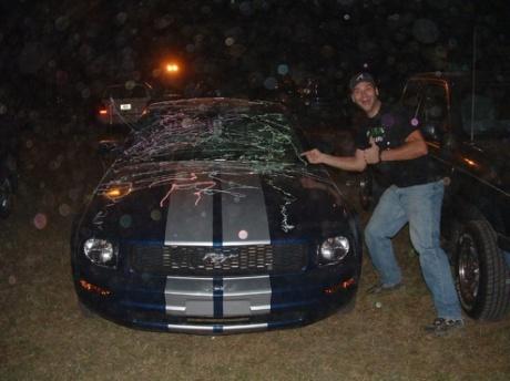 Sill String Mustang