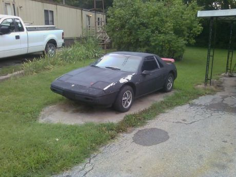 1988 Pontiac Fiero Woodgrain Interior Black Bumper
